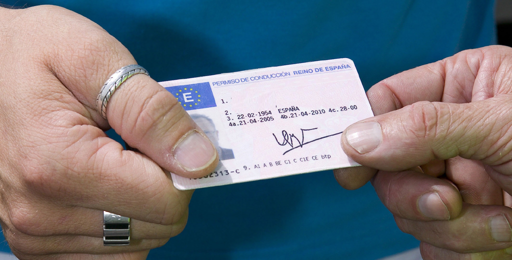 Driving licences extended 60 days if they expire during the State of Alarm